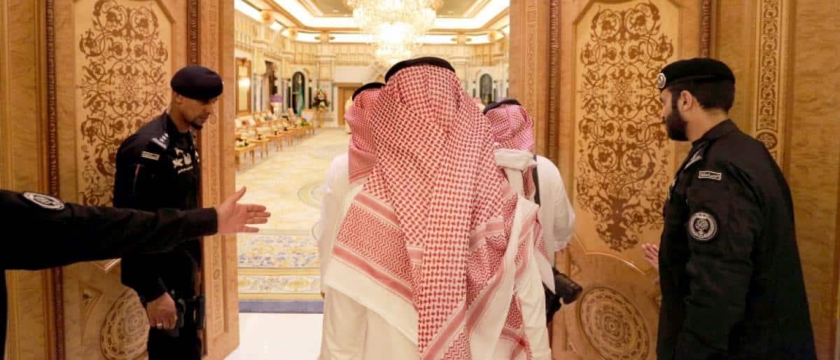 مجتهد في حوار مطوَّل: لو أعلن أحمد بن عبد العزيز نفسه ملكًا لبايعته العائلة فورًا