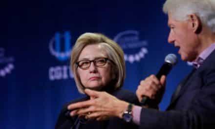 الزوجان كلينتون: ترامب يتستّر على جريمة خاشقجي
