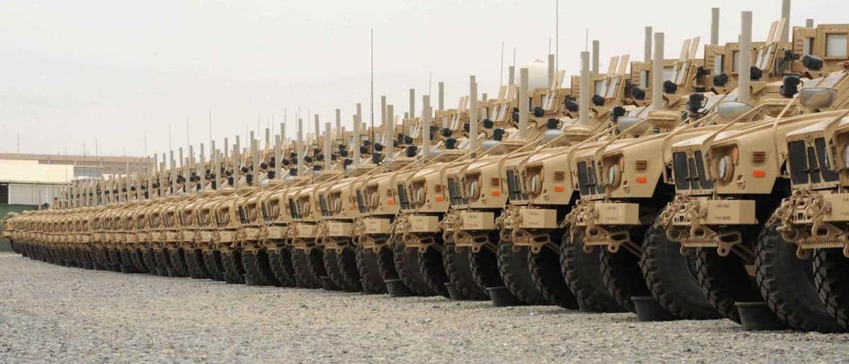 المعارضة البريطانية تدعو لوقف بيع الأسلحة للسعودية