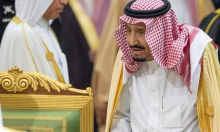 لماذا لجأ ملك السعودية للحرس القديم؟