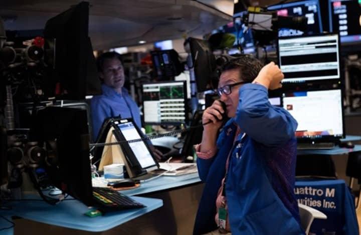 استثمارات السعوديين بالأسهم الأمريكية تقفز 25% مقارنة بالعام الماضي