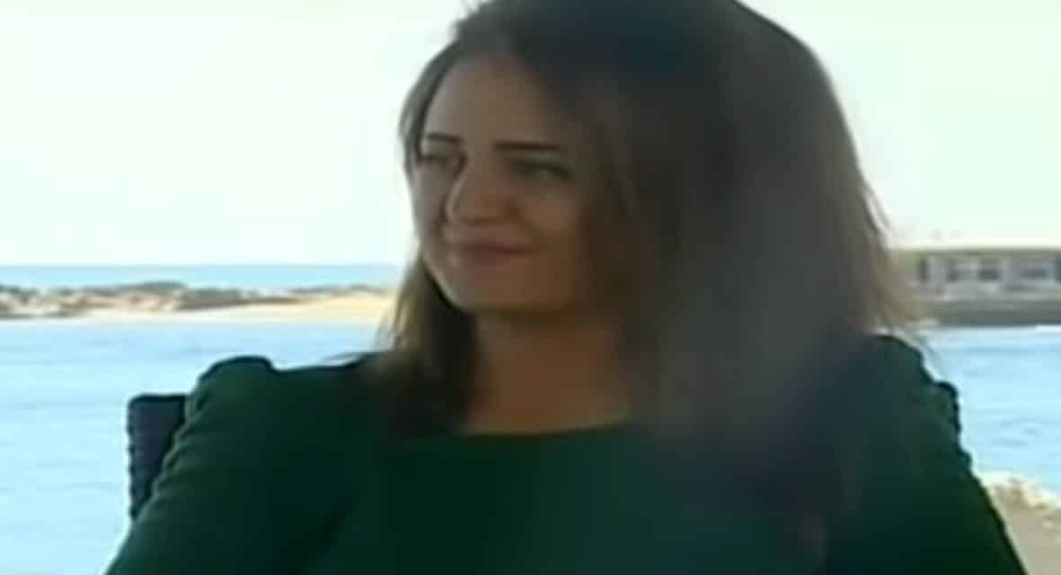 """الكاتبة السعودية اللاجئة لهولندا: هددوني بمصير """"لجين الهذلول"""""""