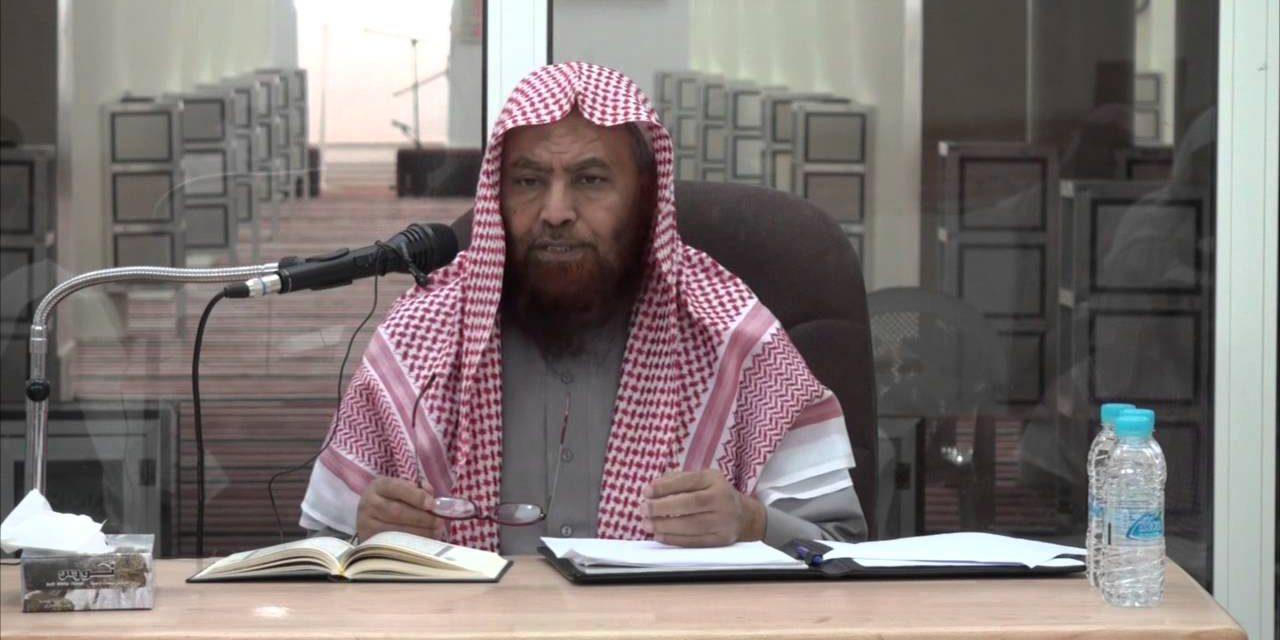 أنباء عن إصابة د. أحمد العماري بنزيف دماغي بمعتقله بالسعودية