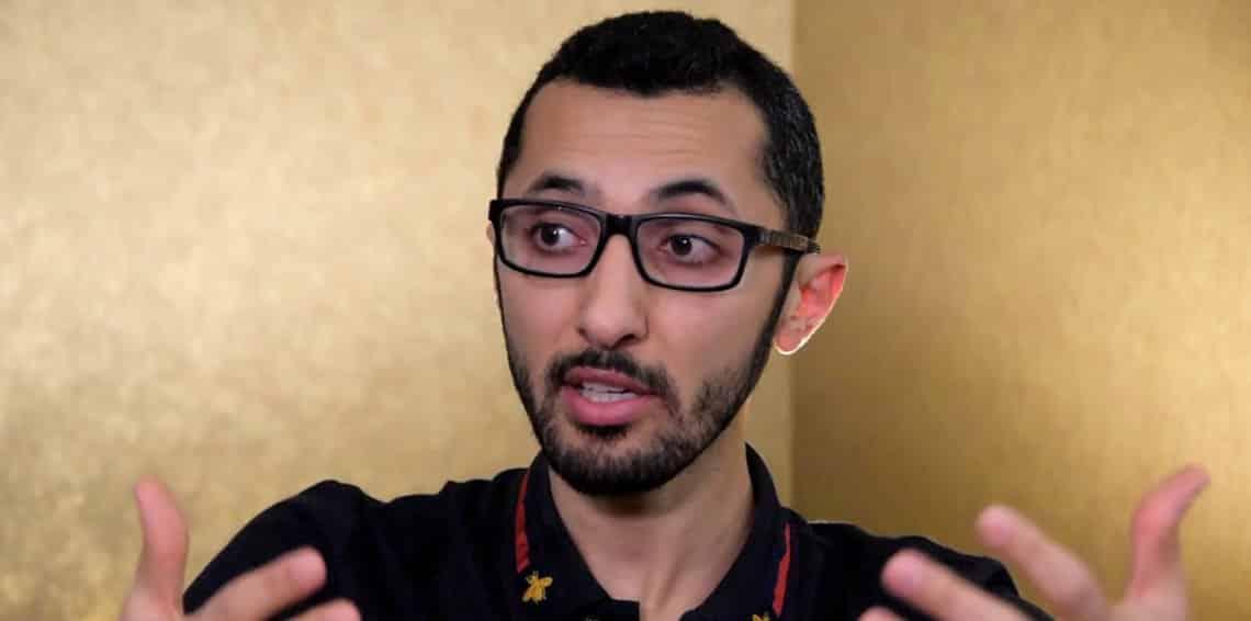 """نجل """"العودة"""": انتهى حصار """"قطر"""" فلماذا لا يزال والدي في السجن؟!"""