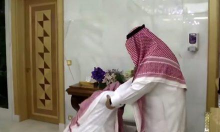 خاص.. ألف نكبة بعد قبلة الركبة