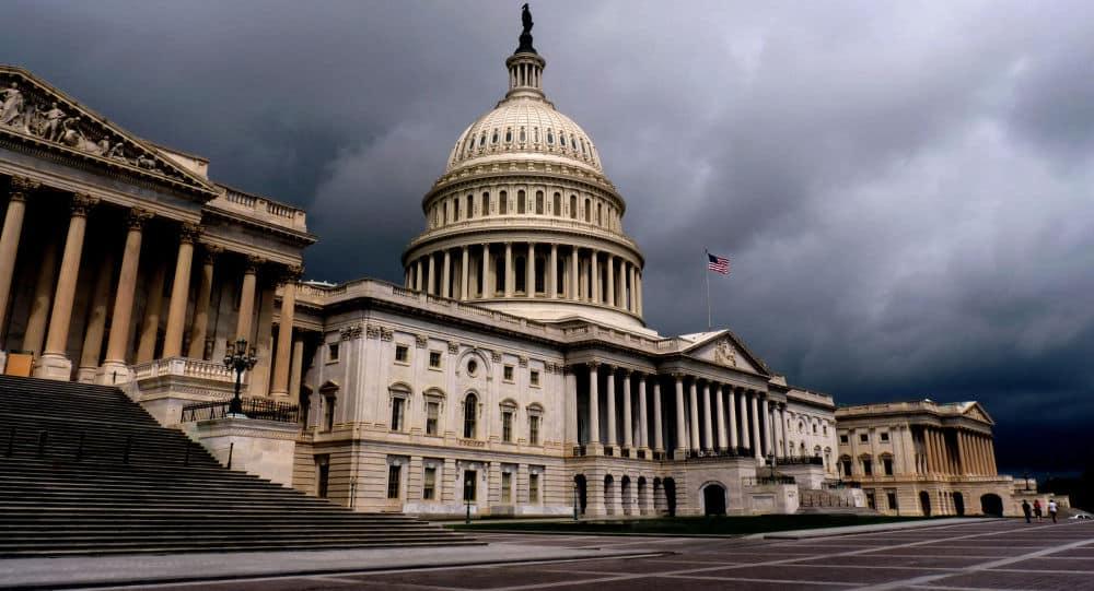 الكونغرس الأمريكي يفتح النار على العائلة السعودية المالكة