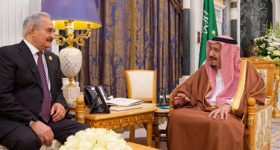 """""""وول ستريت"""": السعودية قدمت ملايين لـ""""حفتر"""" للهجوم على طرابلس"""