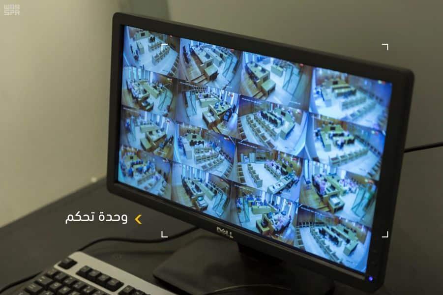"""""""وليد الهذلول"""" يسخر من إعلان العدل السعودية تصوير جلسات المحاكمة"""