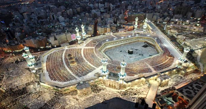 """تشديدات أمنية و""""السديس"""" يدعو لعدم زيارة المسجد الحرام"""