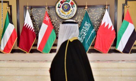 فريق بحثي أمريكي زار السعودية وقطر ووضع خارطة طريق لحل الأزمة الخليجية