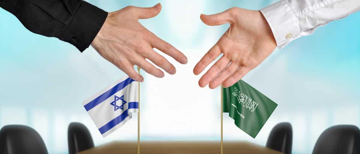 ما رأي السعوديين في التطبيع الرسمي والشعبي مع إسرائيل؟