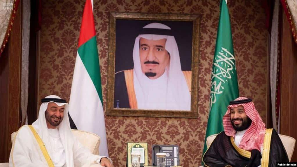 الإمارات توجه الضربة الثانية للسعودية وترسل مندوبين لإيران!