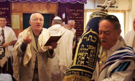 """فضيحة جديدة للنظام السعودي.. زيارات لليهود لجبل في منطقة """"نيوم"""""""