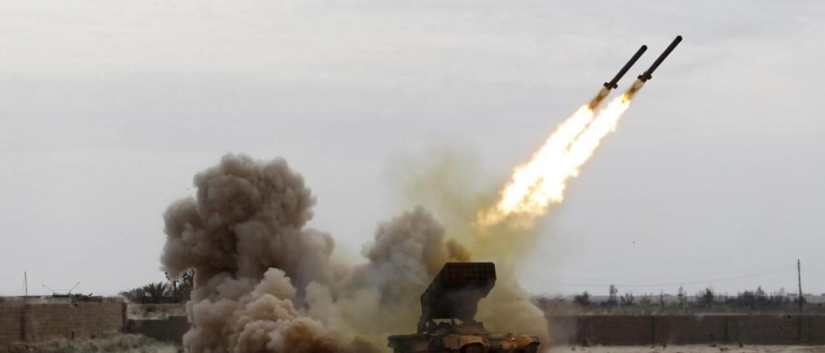 صاروخ حوثي مجنح يصيب مطار أبها بالسعودية