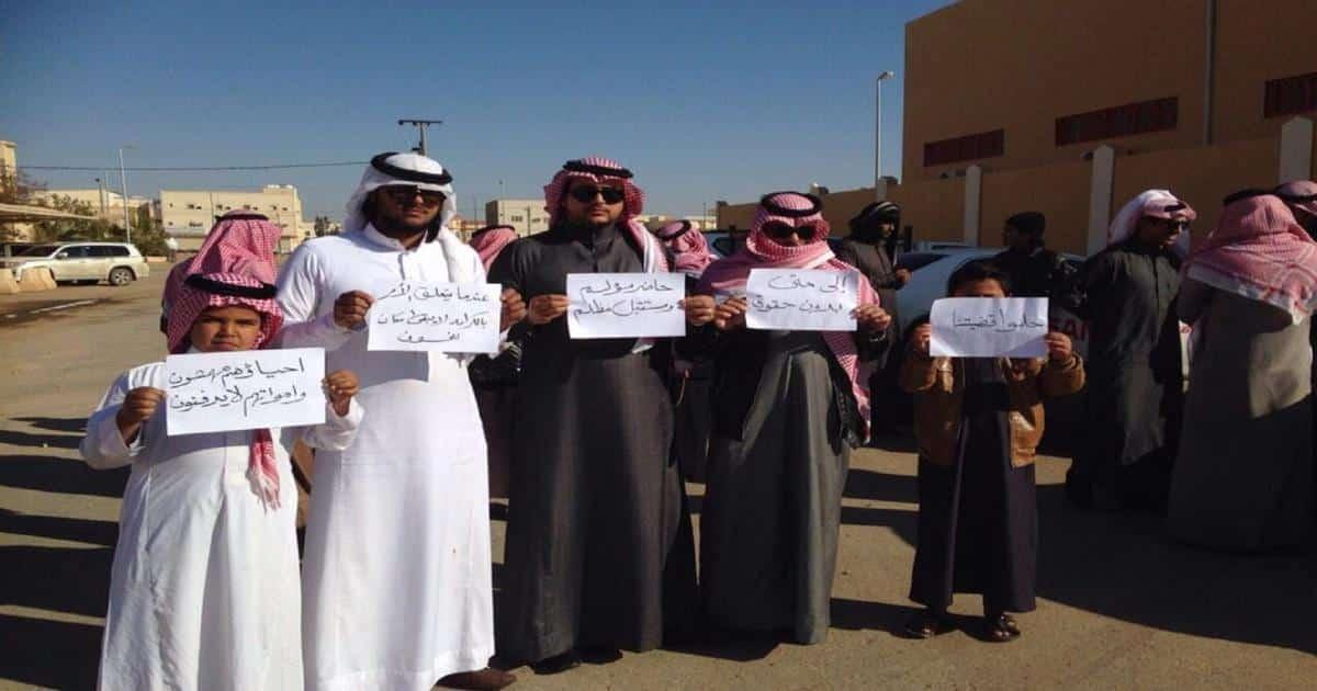 رفضوا حكم آل سعود.. قصة القبائل النازحة التي تدفع ثمن موقفها