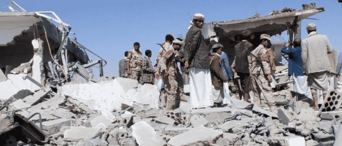 بلومبرج: إعلان الانتقالي الجنوبي اليمني الإدارة الذاتية نكسة للسعودية