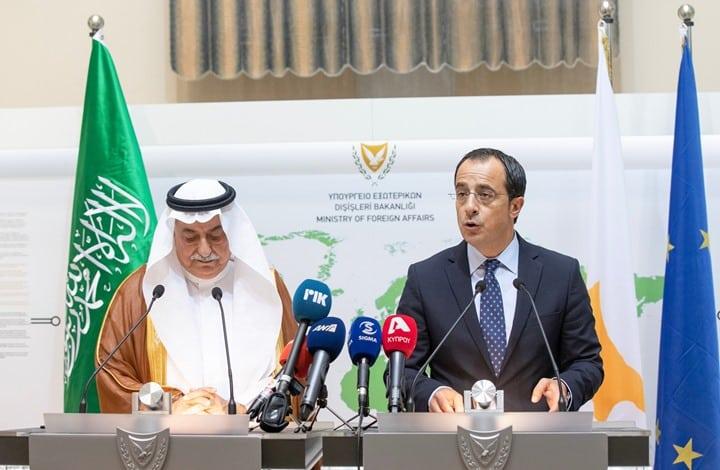 رسميًا وزير خارجية السعودية يقف في صف قبرص ضد أنشطة تركيا