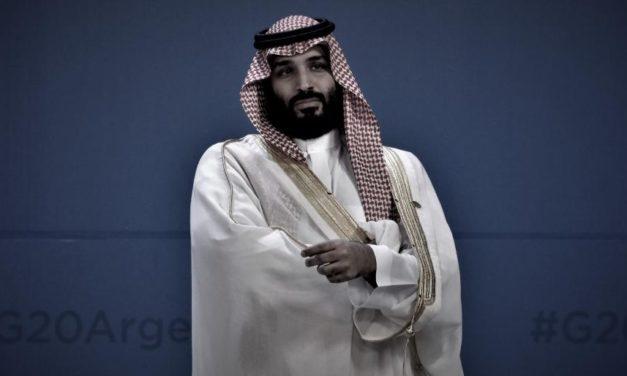 """ناشط يكشف الموعد الذي اختاره """"ابن سلمان"""" لتولية نفسه ملكًا"""