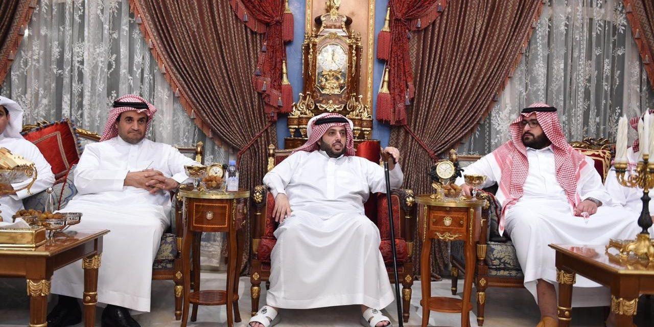 """تقرير خاص.. """"تركي آل الشيخ"""" إمبراطور الفساد في المملكة"""