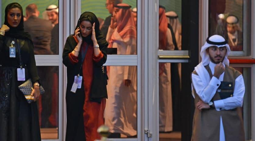 """تطرف """"النسوية"""".. جدل جديد يشتعل في السعودية برعاية السلطة"""