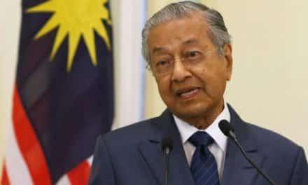 في إزاحة للمكانة الدينية للمملكة.. ماليزيا تدعو لقمة إسلامية بدون السعودية