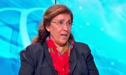 """الناشطة السعودية """"مضاوي الرشيد"""" تتوقع اعتقال أميرة سعودية قريبًا"""