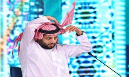 """""""تركي آل الشيخ"""" لخارج المملكة بعد تدهور صحته!"""