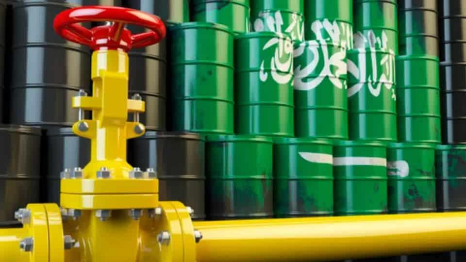 «واشنطن بوست»: السعودية تشن «حرب» أسعار النفط.. هذه هي مخاطرها
