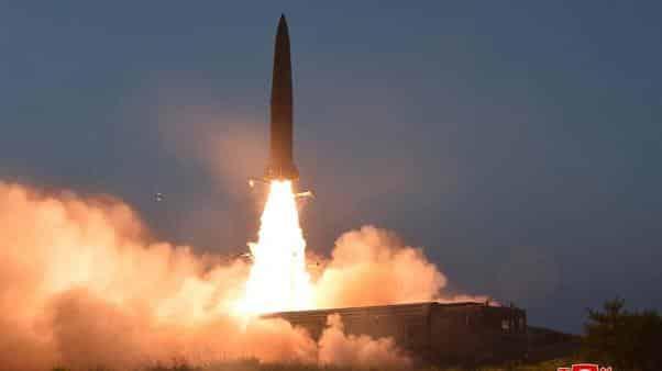 إطلاق 3 صواريخ حوثية باليستية على السعودية