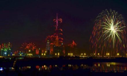 شاهد.. السعودية تحتفل للمرة الأولى في تاريخها بأعياد رأس السنة الميلادية!