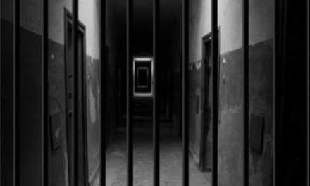"""محاولتا انتحار لموقوفتين مغربيتين بسجن """"الشمسي"""" بسبب المعاملة المهينة"""