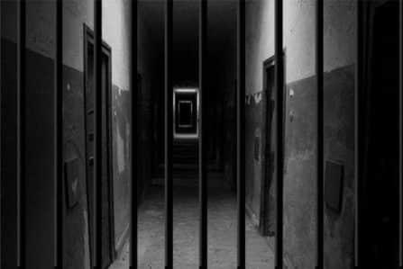 40 منظمة غير حكومية يدعون للإفراج عن المعتقلين بسبب كورونا
