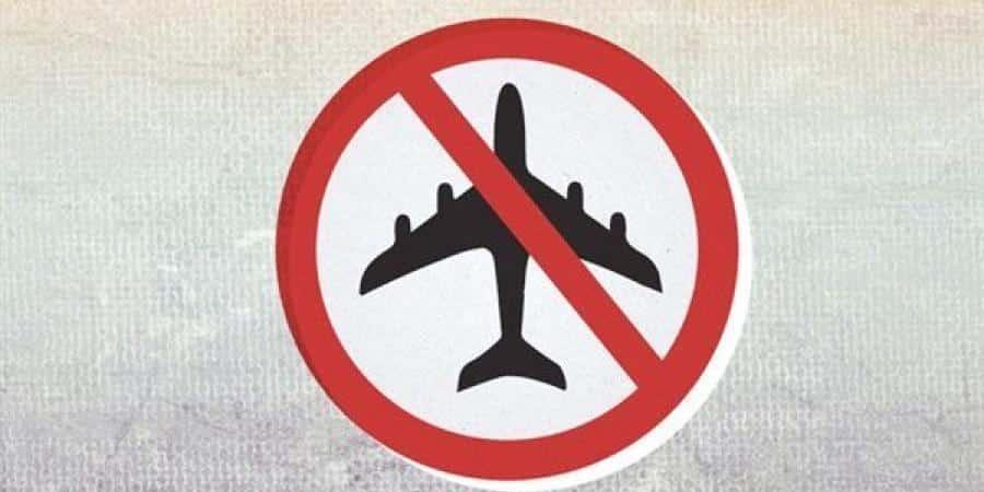 (تقرير خاص) المنع من السفر.. عائلات المعارضين رهائن لدى النظام