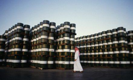 ديفيد هيرست: هذا ما سيحدث للسعودية مع انهيار النفط