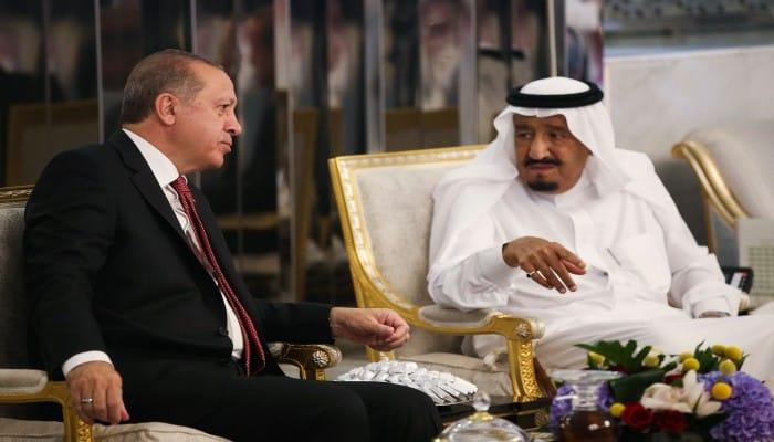 ناشط: بن سلمان أخفى رسالة مصالحة من أردوغان عن والده