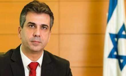 وزير صهيوني يطل على العالم العربي من صحيفة سعودية!