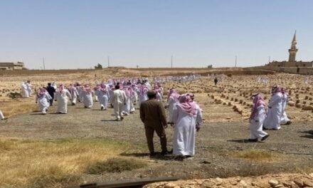"""جنازة مهيبة للصحفي السعودي """"صالح الشيحي"""".. وتعزيزات أمنية مكثفة"""