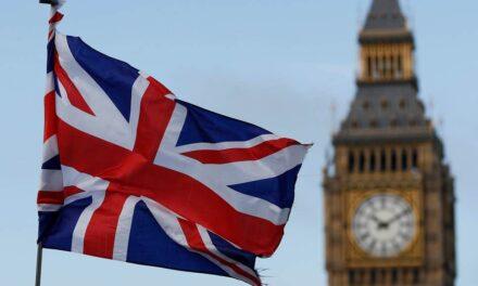 نواب بريطانيون يطلبون مقابلة الأمراء المعتقلين بالسعودية