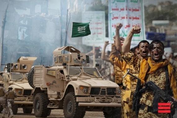 فورين بوليسي: الحوثيون هزموا السعودية.. والسلام لن يأتي بإملاء الشروط