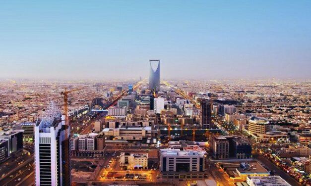 بيانات رسمية: عجز 2 مليار دولار في ميزانية السعودية بالربع الأول من 2021