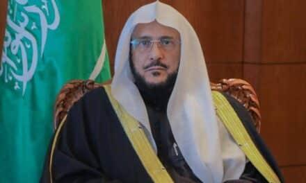 """أنباء عن مصادرة """"ابن سلمان"""" أموال وممتلكات """"عبد اللطيف آل الشيخ"""""""