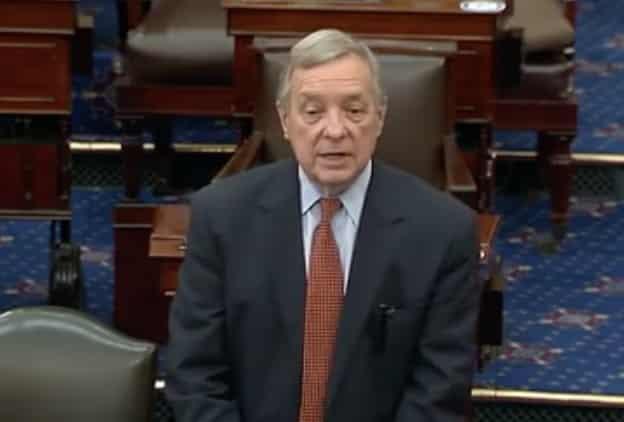 """نائب بالشيوخ الأمريكي يطالب السعودية بالإفراج عن """"بدوي"""" و""""أبو الخير"""""""