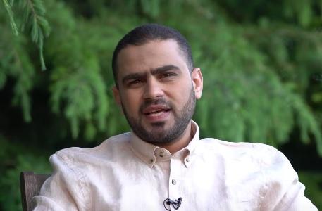"""السلطات المغربية تهدد زوجة """"الحسني"""".. وجلسة محاكمة اليوم تحدد مصيره"""