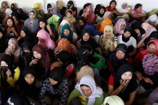 """""""العفو الدولية"""" تدين احتجاز السعودية لعشرات العاملات السريلانكيات بلا سبب"""