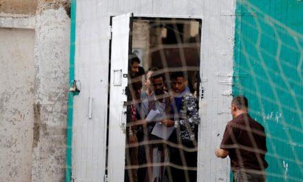 """تقرير حقوقي يفضح انتهاكات سجون """"ابن سلمان"""" السرية باليمن"""