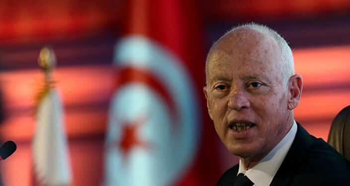 خطوات سعودية لتعزيز انقلاب الرئيس التونسي