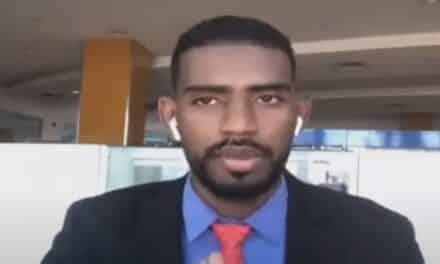 سجن إعلامي سوداني 4 سنوات بالسعودية بسبب تغريدات